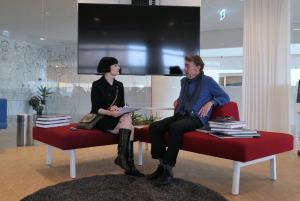 Anne Elisabeth Toft spricht mit Gerry Badger über Krass Clements Fotobücher