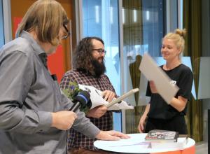 Jesper Rasmussen und Anne-Sofie Lauritsen mit Stijn van der Linden