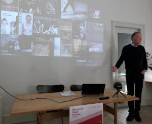 Niels Dejgaard stellt seine Bibliographie der dänischen Fotoliteratur vor