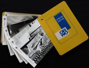 Ein Objekt für das Institut? Fotopapierfächer von Orwo, betrifft: DDR, Materialkunde, Motivbereich Sozialismus.