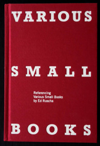 * Jeff Brouws, Wendy Burton, Hermann Zschiegner (Hg.), Various Small Books. Referencing Various Small Books by Edward Ruscha, Cambridge/London: The MIT Press,  2013